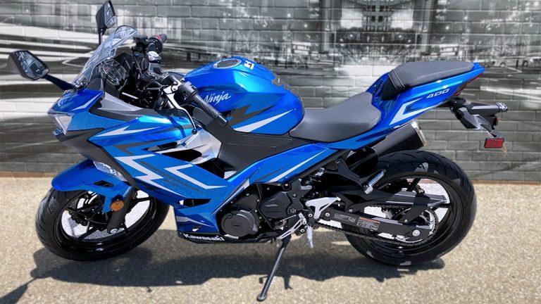 Decals - Motorcycle Wrap - Kawasaki Ninja 400 - Side-After - Vinyl Wrap Toronto - Lettering & Decals - Vehicle Wrap in Etobicoke